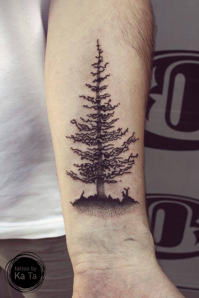 тату дерево на запястье мужские