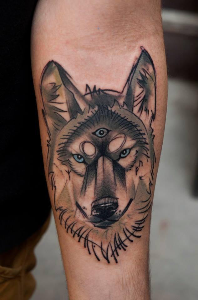 что обозначает наколка волк