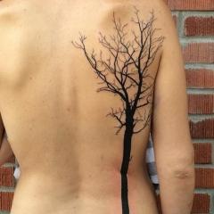 Татуировка в стиле минимализм