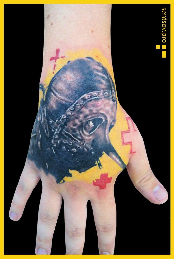 значение тату на кисти руки Brubeck Польская компания