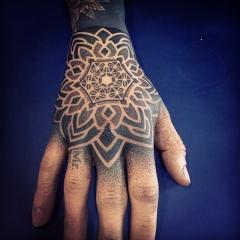 Фото татуировок на кисти