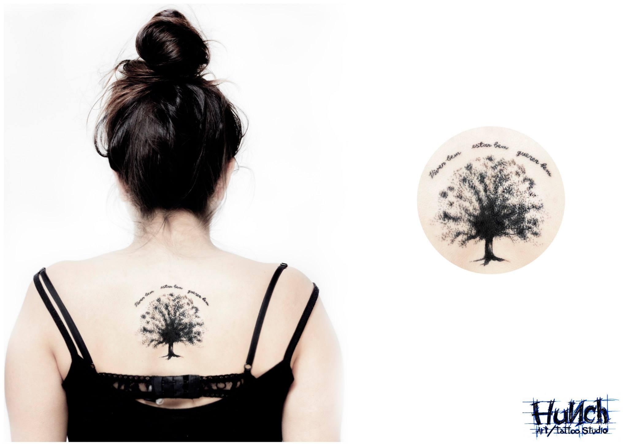 Дерево в кругу тату эскиз
