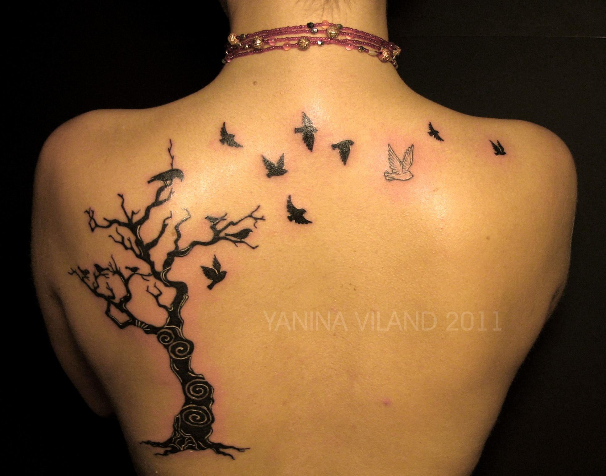 Что означает тату деревья и птицы