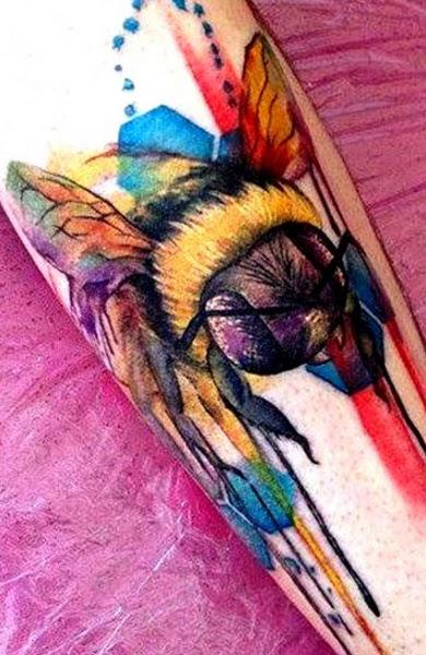 Тату улей с пчелами