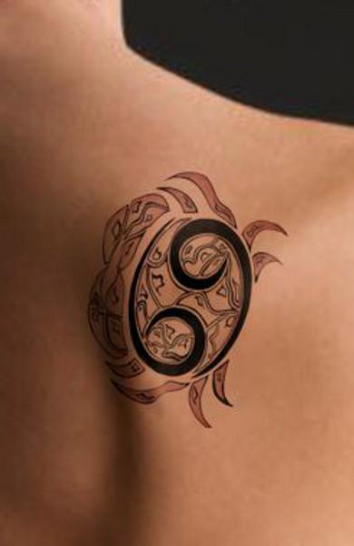 Татуировка знак зодиака Рак