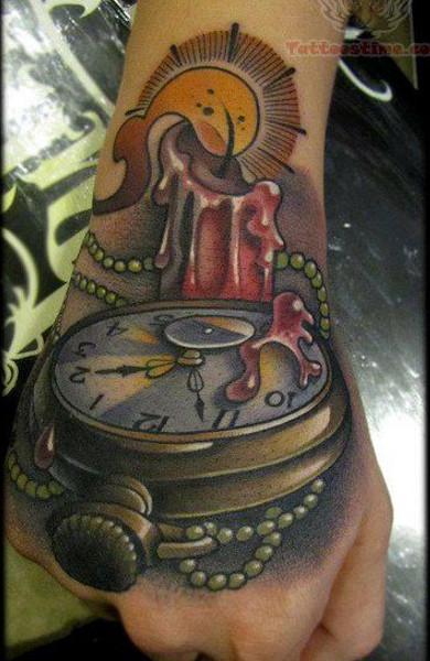 Татуировка свеча