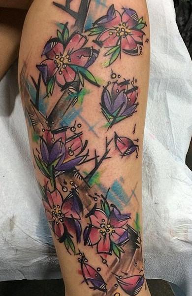 Татуировки цветные цветы для девушек 86