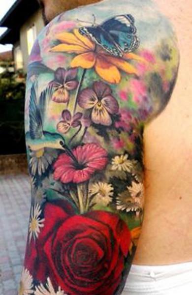 Татуировки цветные цветы для девушек 65