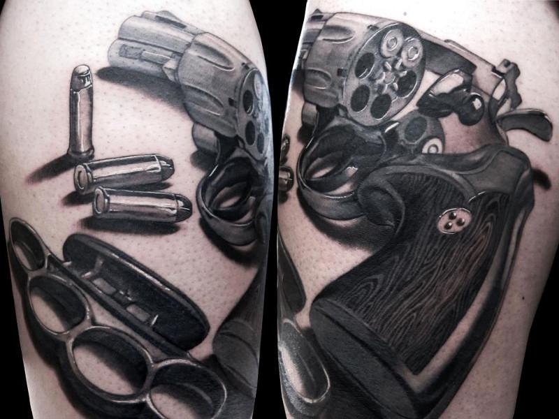 Татуировка пистолет