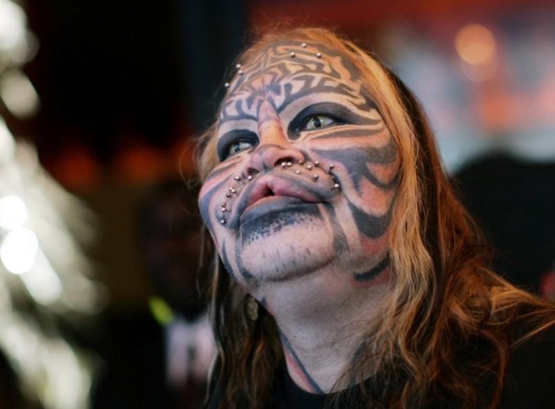13 самых ужасных татуировок знаменитостей