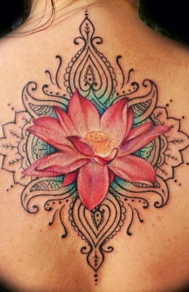фото татуировка лотос