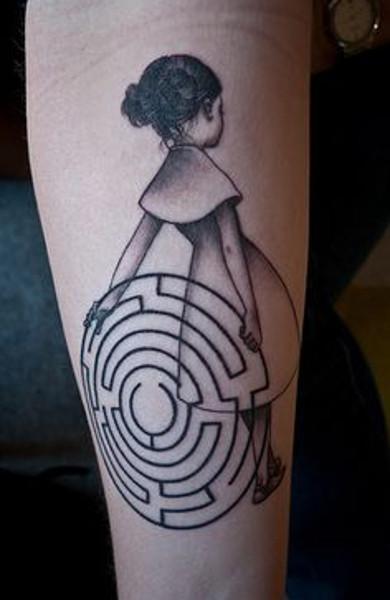 Татуировка лабиринт