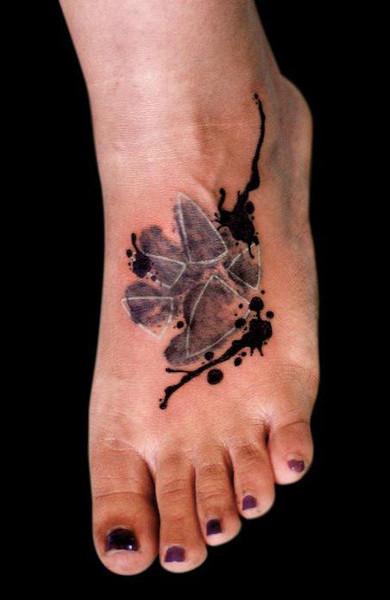 Татуировка лапа