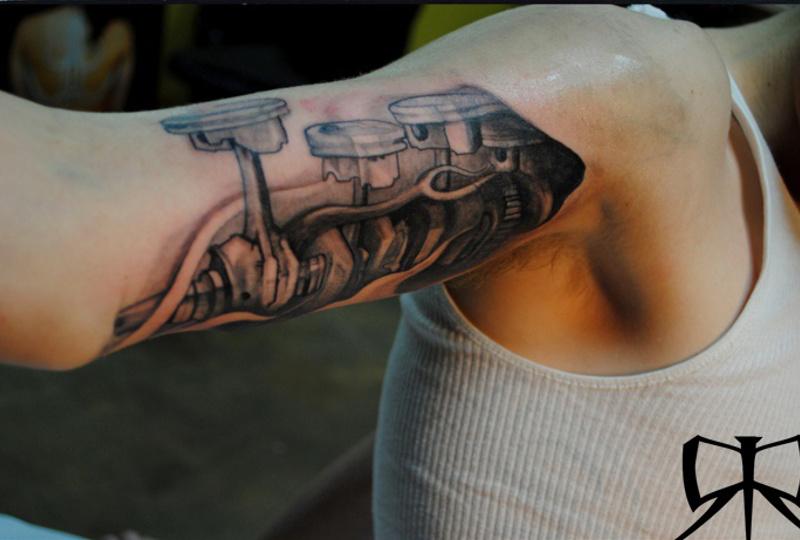 Татуировка поршень