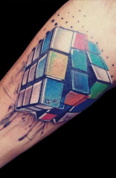 Татуировка кубик Рубика
