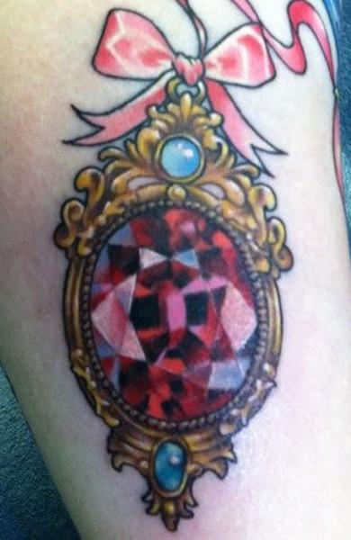 Татуировка рубин