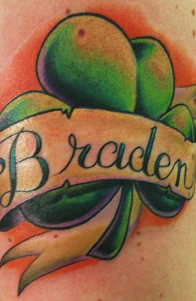 Татуировка трилистник