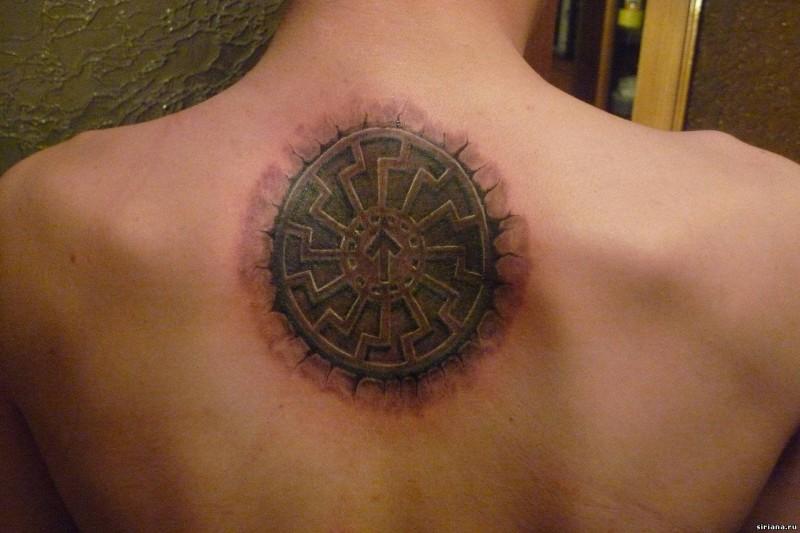 Татуировка славянская руна Треба и Коловрат