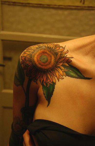 Татуировка подсолнух