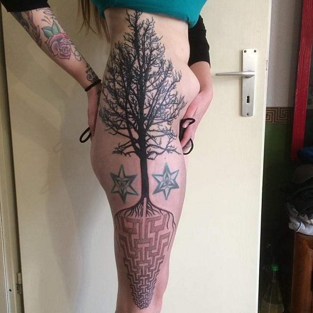 Татуировка дерево - значение, эскизы тату и фото Тату Дерево Дуб