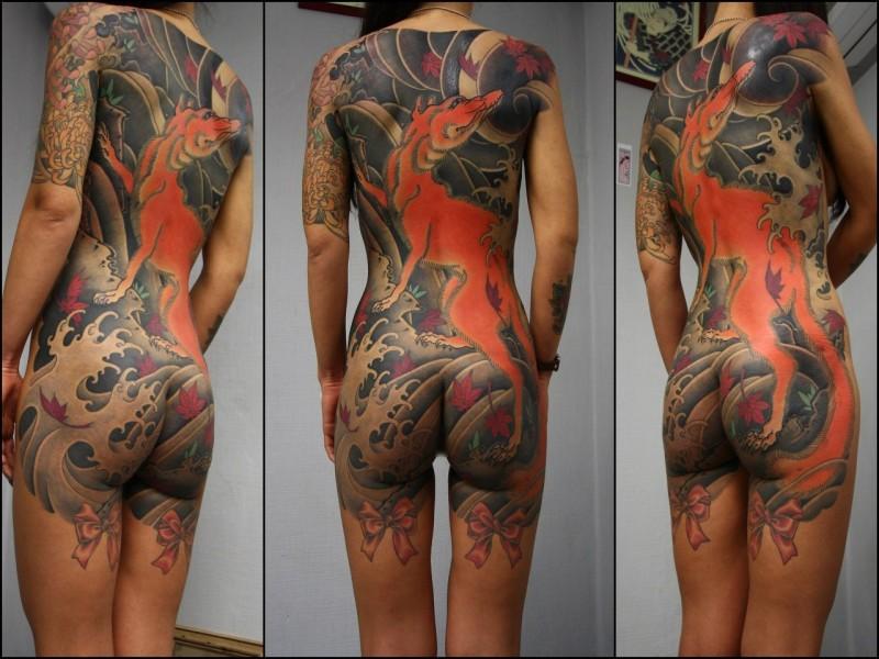 Большая татуировка - много боли