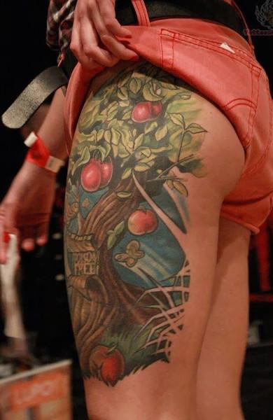Татуировка яблоня