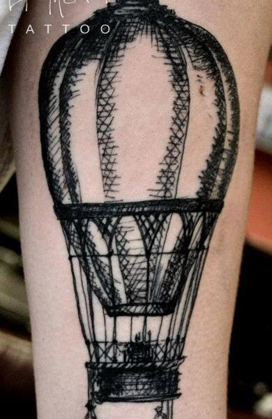 Татуировка воздушный шар