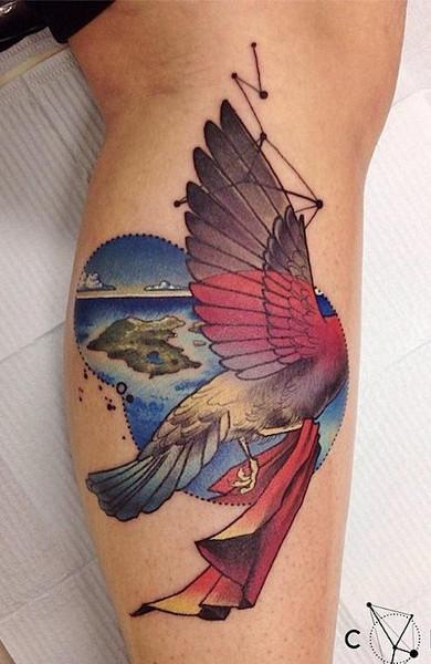 Татуировка на бицепсе