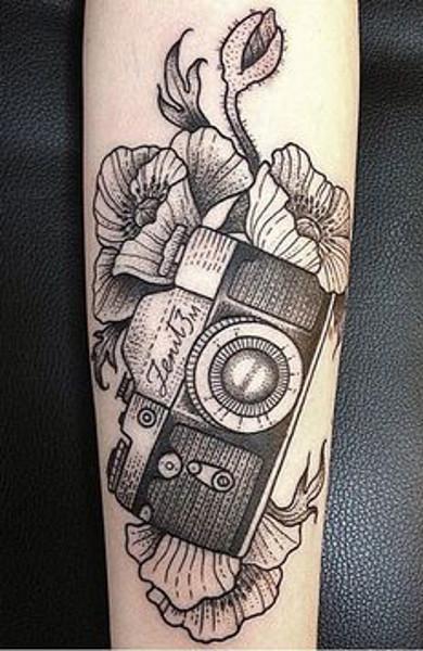Татуировка фотоаппарат