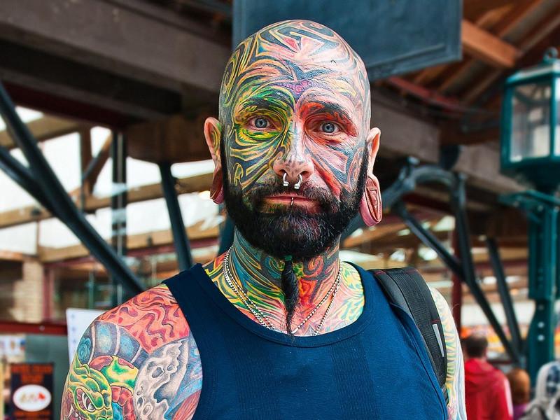 Татуировки на лице