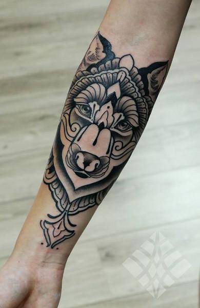 Татуировка на предплечье