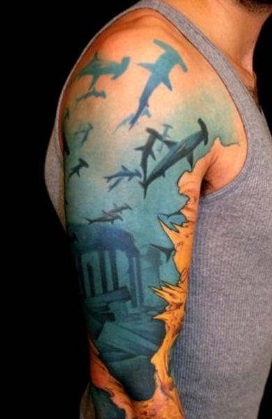 Татуировка акула-молот