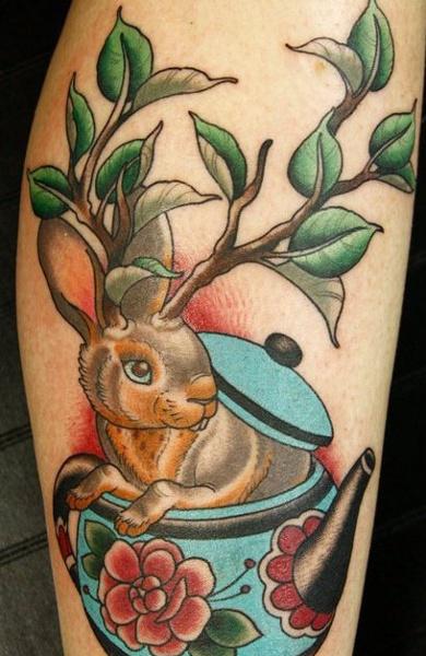 Татуировка рога