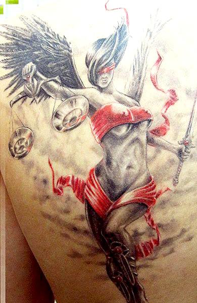 Татуировка знак зодиака Весы