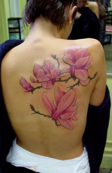 Татуировка магнолия