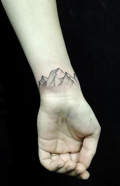 Татуировка горы