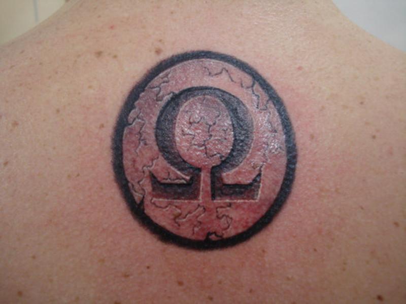 Татуировка омега