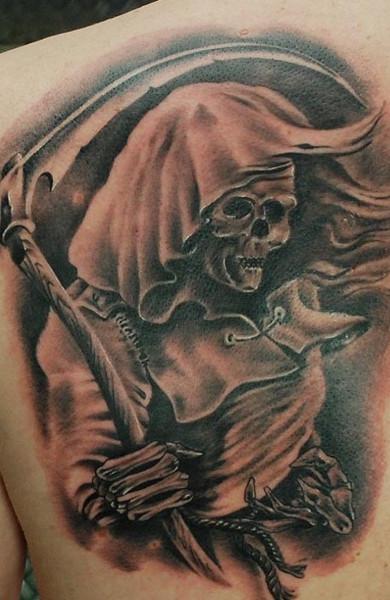Татуировка смерть с косой